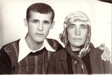 C. Tabak ve Hatice Tabak (anne)