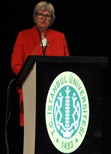 Prof. Dr. Ingeborg Schwenzer