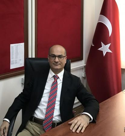 Dr Zekayi Kutlubay03 4