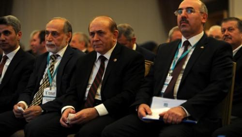 ufuktaki_yeni_turkiye_sempozyumu_127392_2_800_600